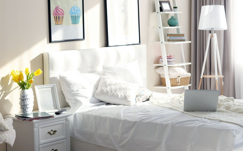 decorate your room without spending money