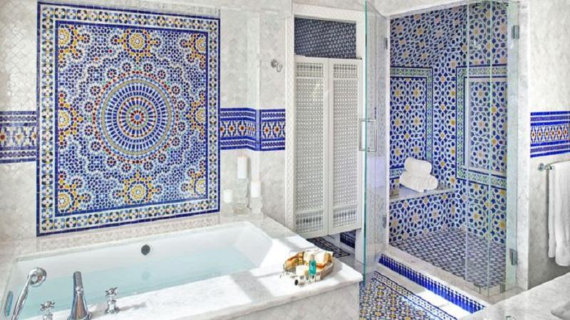 Mosaic tiles  in the bathroom: interior design