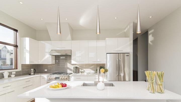 Современные кухонные шкафы и мебель