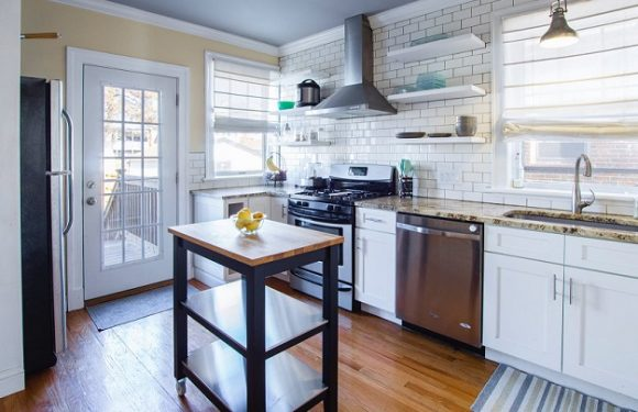 Four advantages of custom-made kitchen furniture